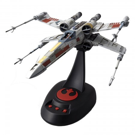 Bandai Star Wars X-Wing StarFighter Moving Edition 1/48
